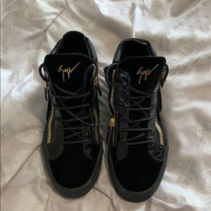 Giuseppe Zanotti Black & Gold Velour High tops